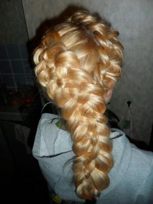 Прически на длинные волосы колоски