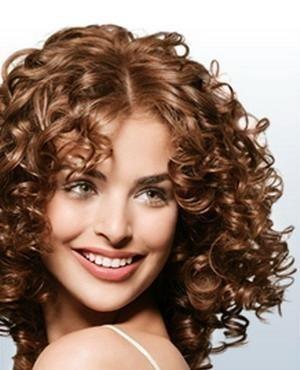 Прическа на новый год для средних волос