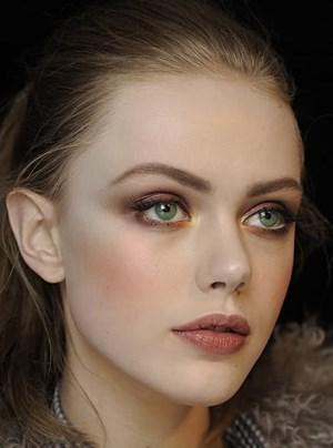 оттенки русого для зеленых глаз